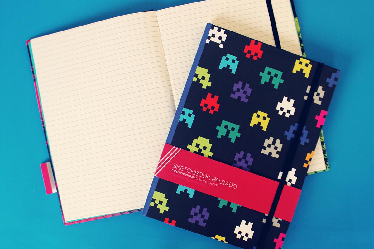 Caderno pautado com papel especial e capas incríveis